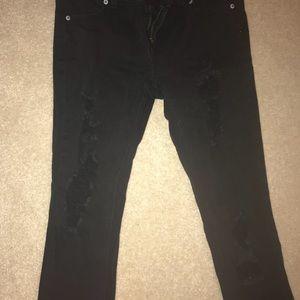 Denim - Black destroyed skinny jeans 👖